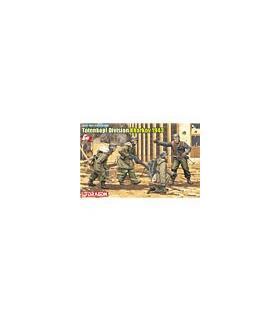 1:35 Dragon Totenkopf Division (Kharkov 1943) Gen 2 6385