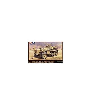 1:48 Tamiya Model Kit German Sd.Kfz.250/3 Greif 32550