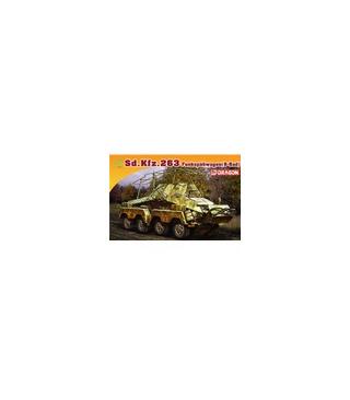 1:72 Dragon Armor Sd.Kfz.263 Funkspahwagen 7444