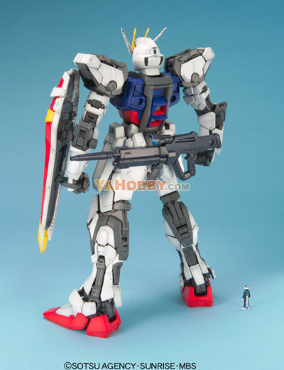 Gundam Perfect Grade 1/60 Model Kit Strike Gundam